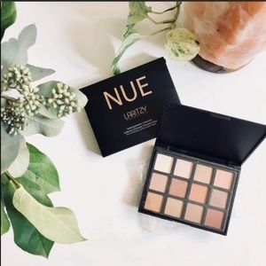 NEW LARITZY Nue Nude Eyeshadow Collection Palette